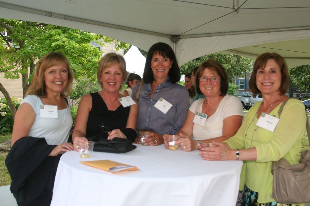 impact table tent pic